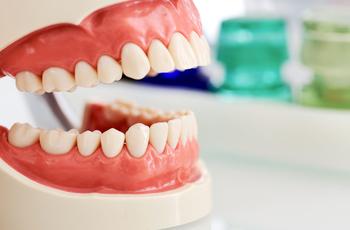 Осмотр хорошего стоматологадаетвозможность:создатьполнуюкартинувашего заболевания;составитьпланлечения;получитьпсихологическуюподдержку; рассчитатьокончательнуюцену.