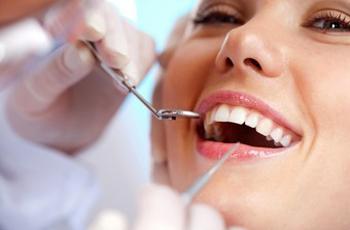 Лечение кариеса зубов по новым технологиям с использованием материалов последнего поколения.