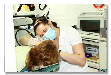 ТРИ ПРОСТЫХ ШАГА: Бесплатная консультация хорошего стоматолога, бесплатный осмотр частного стоматолога, лечение зубов без страха и боли лучшим стоматологом клиники.